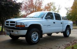 ScoobyDooTAs 2000 Dodge Dakota Quad Cab
