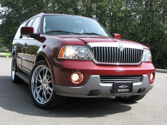ftsoldier 2004 lincoln navigator specs photos modification info at cardomain. Black Bedroom Furniture Sets. Home Design Ideas