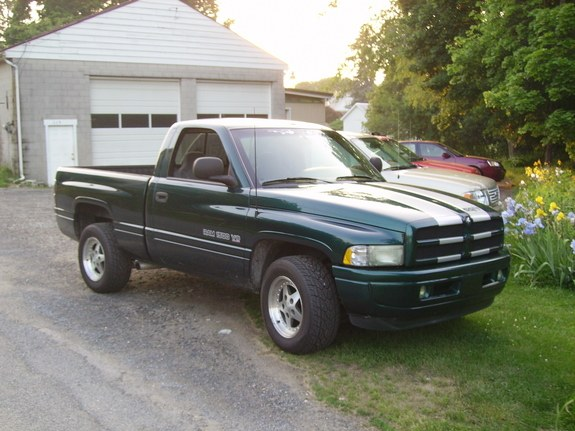 chevywhisperer 1998 dodge ram 1500 regular cab specs photos modification info at cardomain. Black Bedroom Furniture Sets. Home Design Ideas