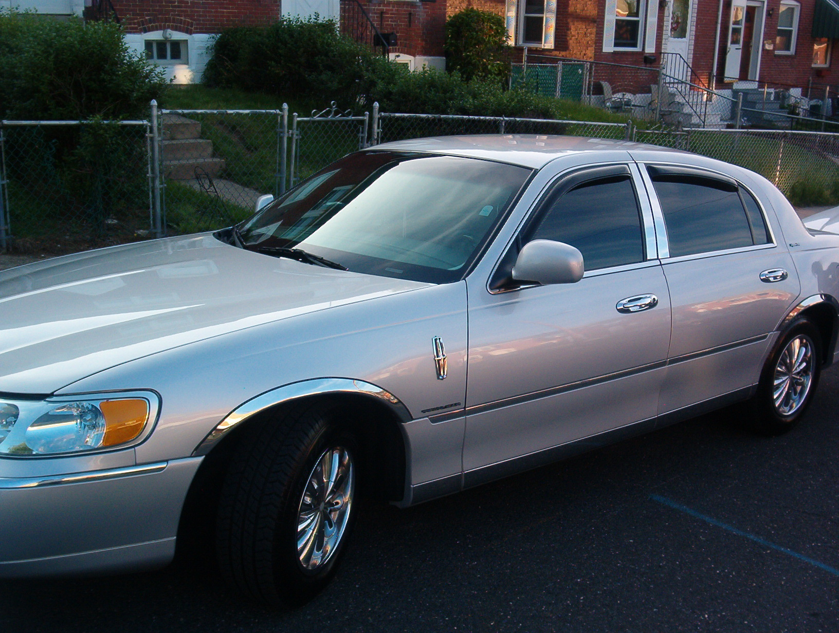 Another StankinLinc24 1998 Lincoln Town Car post... - 11409653