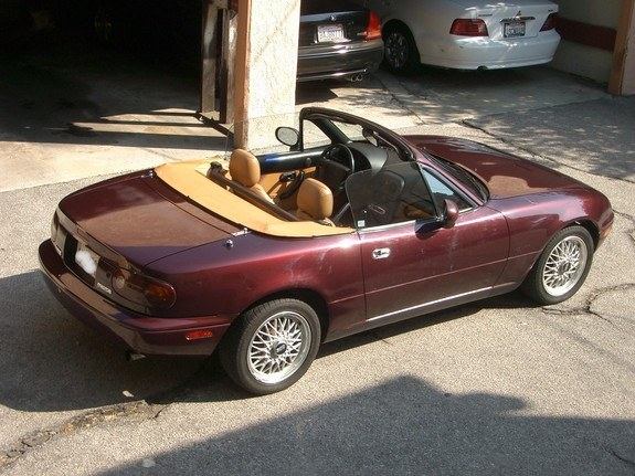 sellingmymiata 1995 mazda miata mx 5 specs photos modification info at cardomain. Black Bedroom Furniture Sets. Home Design Ideas