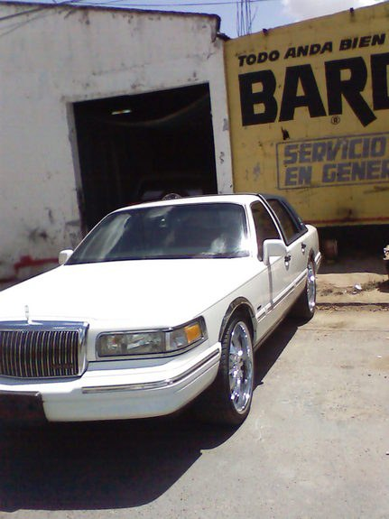 Another Cossa_Nosstra 1996 Lincoln Town Car post... - 10557657