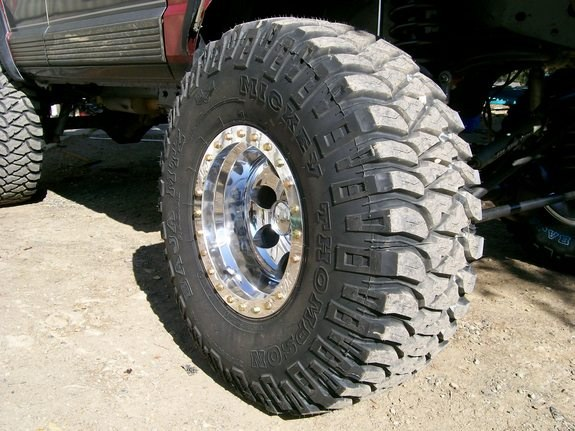 Cambio gomme 285/75R16 25418610048_large