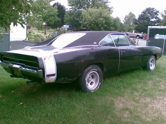 Another brokesolid 1970 Dodge Charger post... - 10560435