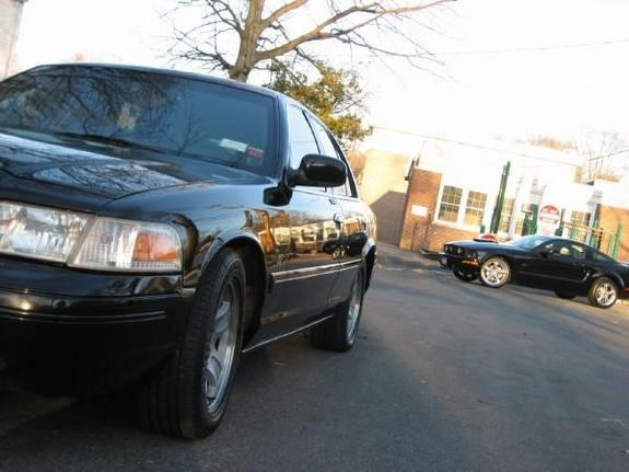 Another JVJ12 2002 Ford Crown Victoria post... - 10560645