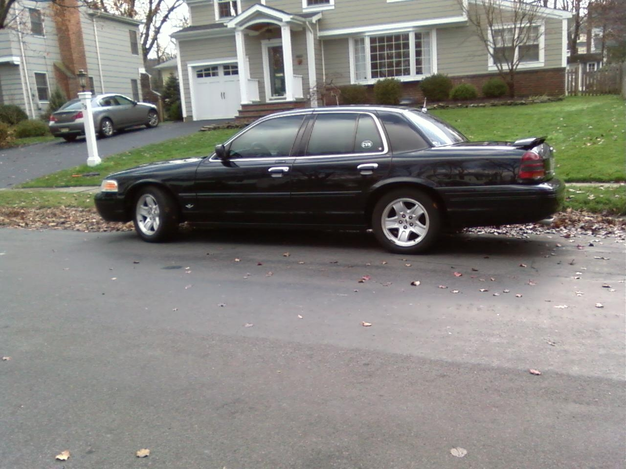 Another JVJ12 2002 Ford Crown Victoria post... - 10560670