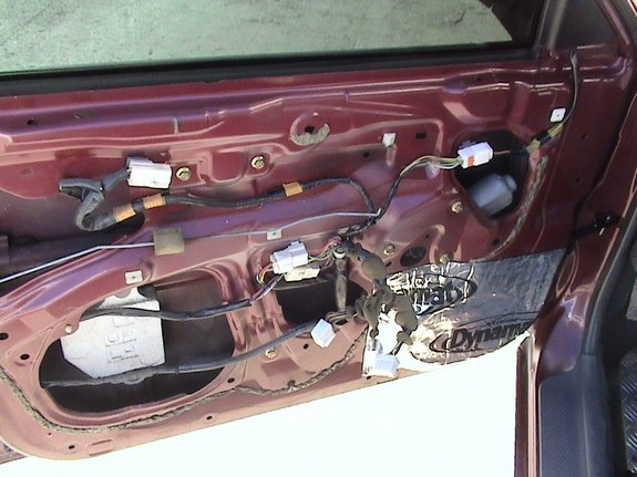 Another eosuna 2000 Ford Laser post... - 9317549