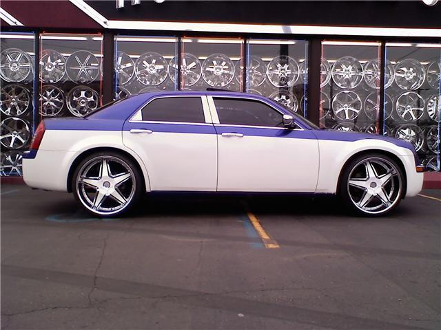 Another ypsiboy03 2007 Chrysler 300 post... - 10567946