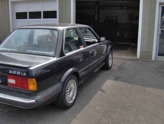 Fred325ix 1988 BMW 3 Series 10578535