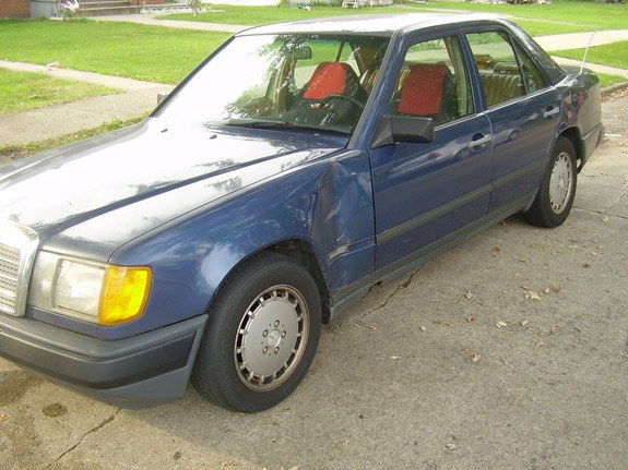 Another whiteguy80 1989 Mercedes-Benz 190-Class post... - 10583466