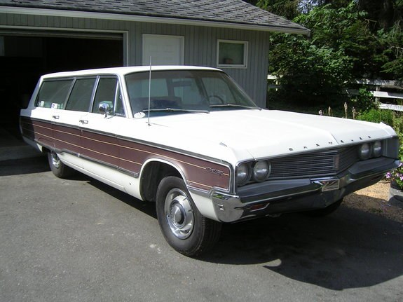 thrashingcows 1968 chrysler town country specs photos Town and Country Wagon thrashingcows 1968 chrysler town country 29249370001 large