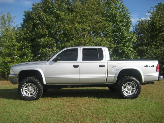 Large on Dodge Dakota Lift