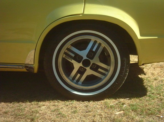 Another straight808 1976 Mazda 808 post... - 9319315