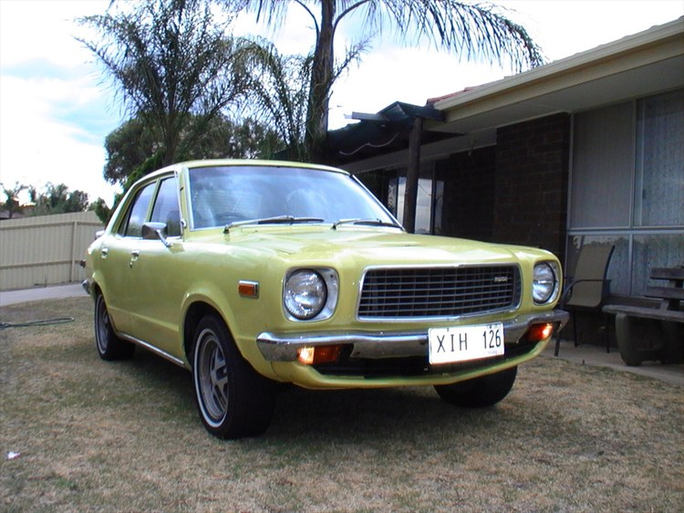 Another straight808 1976 Mazda 808 post... - 9319328