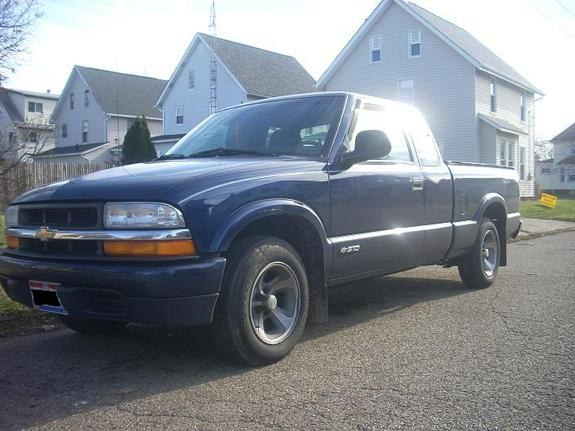 Another t4prizm96 1998 Chevrolet S10 Regular Cab post... - 10816037