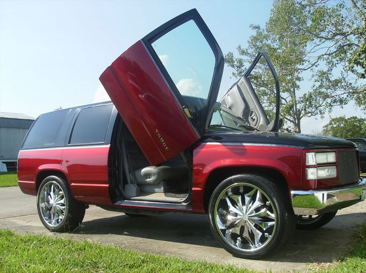 Another KandyAppleBox 1999 Chevrolet Tahoe post... - 10607313