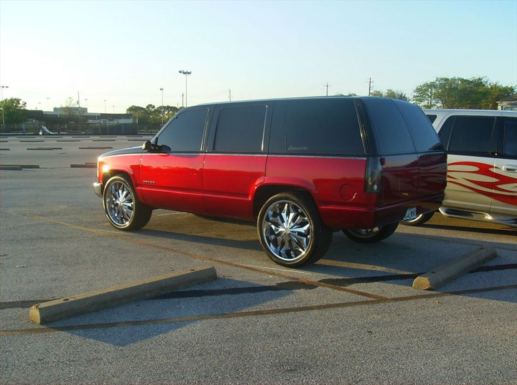 Another KandyAppleBox 1999 Chevrolet Tahoe post... - 10607319