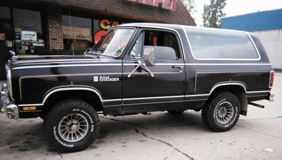Moparmomma 1985 Dodge Ramcharger Specs Photos