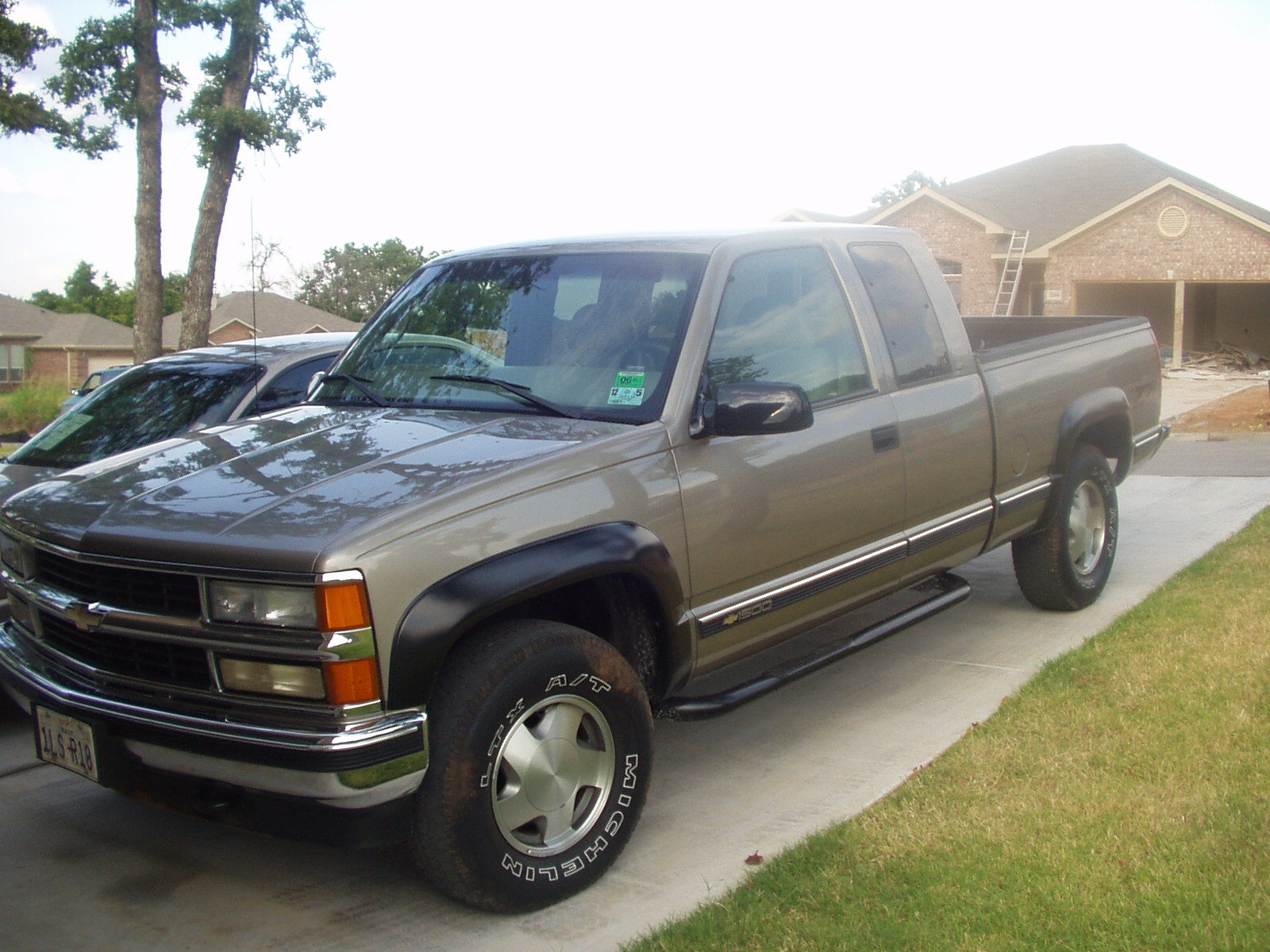chadillac1989 1998 chevrolet silverado 1500 extended cab specs photos modification info at. Black Bedroom Furniture Sets. Home Design Ideas