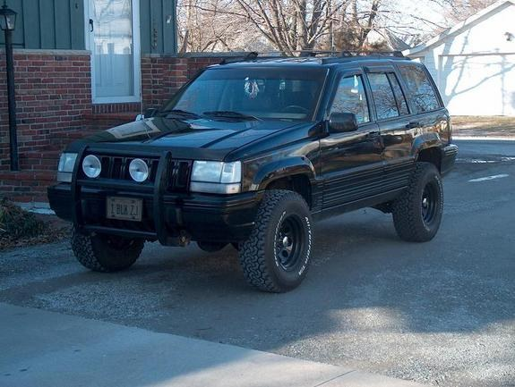 85chief 1995 jeep grand cherokee specs photos modification info at cardomain. Black Bedroom Furniture Sets. Home Design Ideas