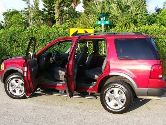 Another lornec 2003 Ford Explorer post... - 10626669