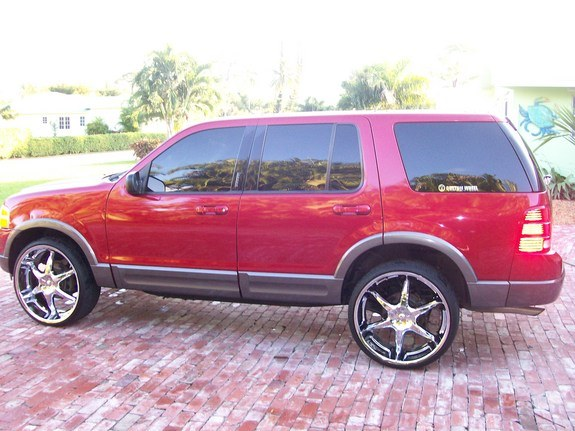 Another lornec 2003 Ford Explorer post... - 10626672