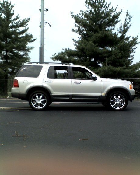 Another lornec 2003 Ford Explorer post... - 10626749