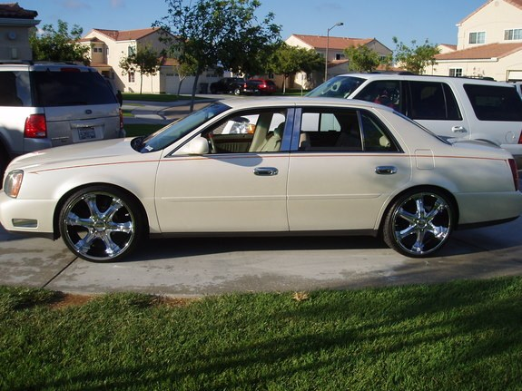 Cali-Caddy's 2001 Cadillac DeVille