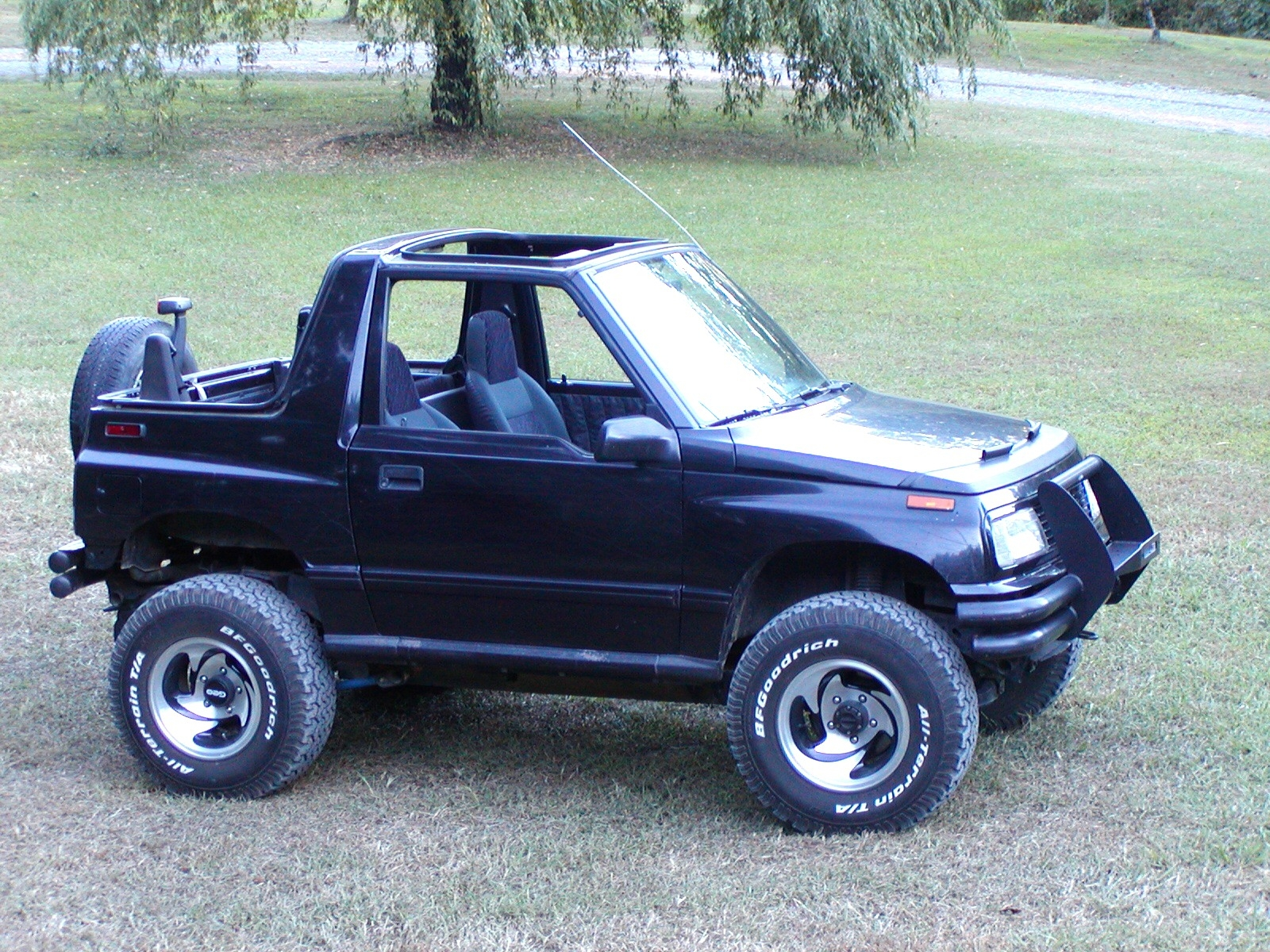 longarch 1994 geo tracker specs photos modification info at cardomain. Black Bedroom Furniture Sets. Home Design Ideas