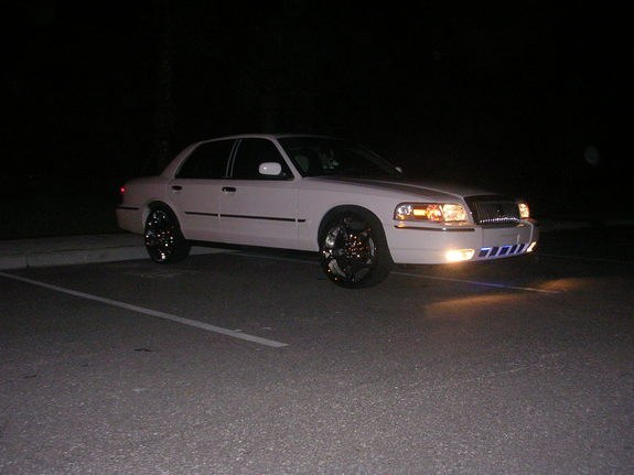 Another 617Kid 2006 Mercury Grand Marquis post... - 10646089