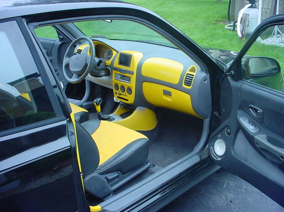 djkryptonite 2002 hyundai accent s photo gallery at cardomain cardomain