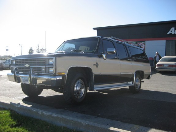 taho ss 1984 chevrolet suburban 1500 specs photos modification info at cardomain. Black Bedroom Furniture Sets. Home Design Ideas
