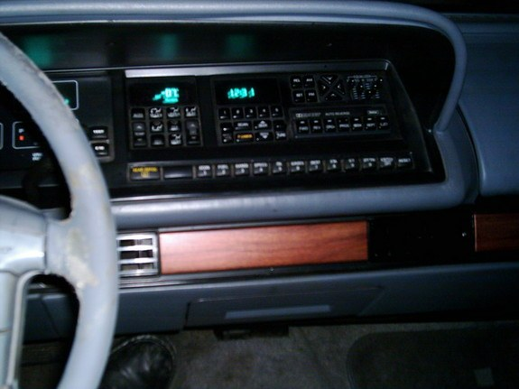 Another rogwehbe 1993 Oldsmobile Delta 88 post... - 10653633