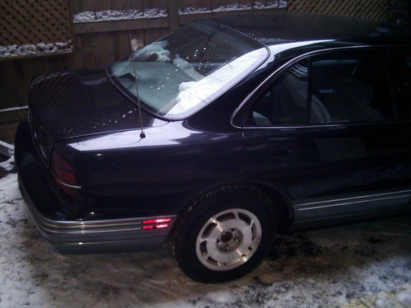 Another rogwehbe 1993 Oldsmobile Delta 88 post... - 10653639