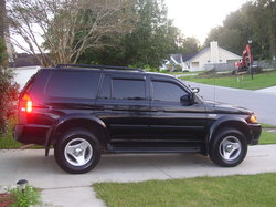 runnyray30s 2001 Mitsubishi Montero Sport