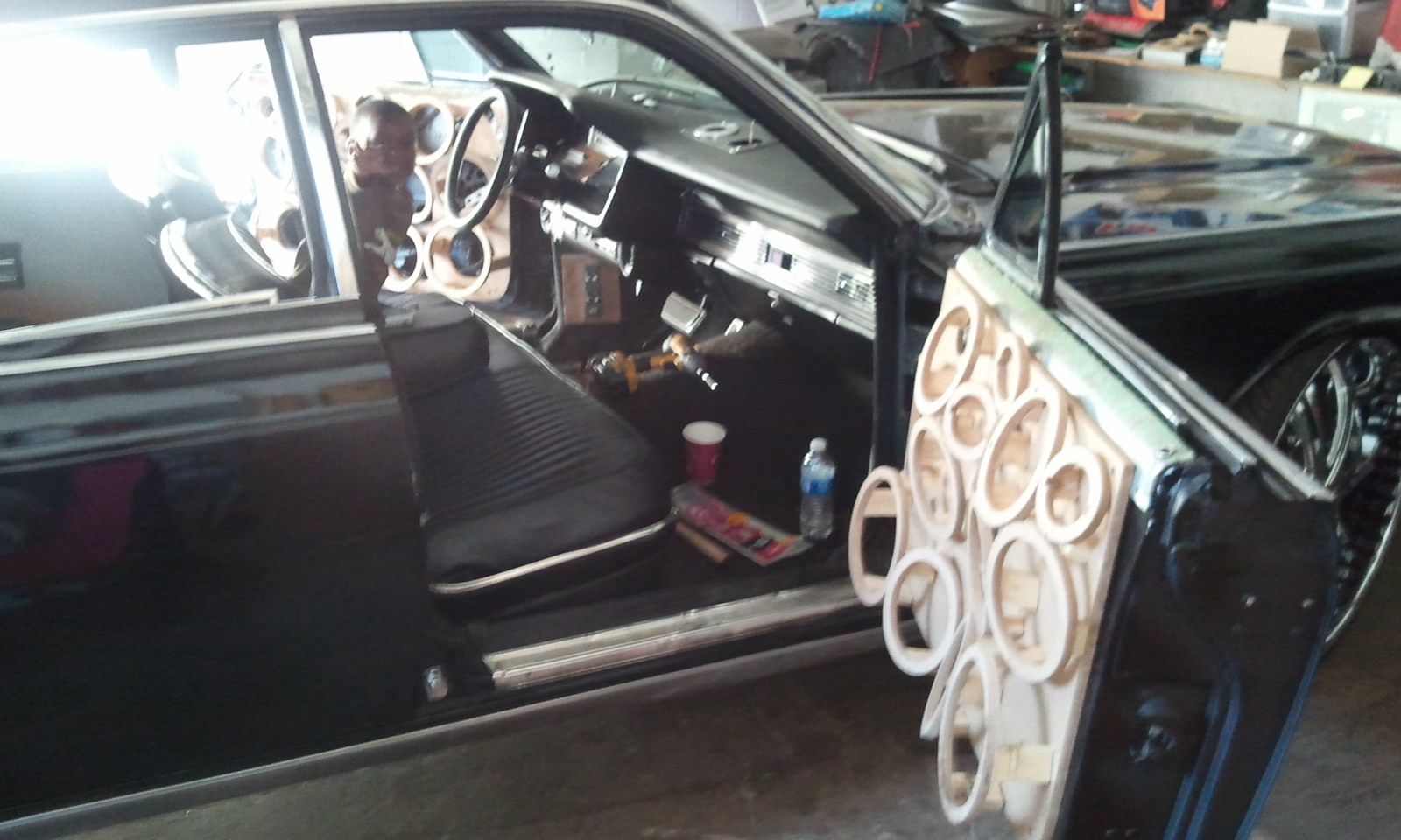 Another white-turbo-crx 1969 Lincoln Continental post... - 10689421
