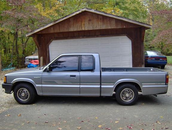 Another D-RayRidnLow 1992 Mazda B-Series Cab Plus post... - 10672410