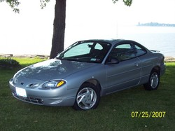 Rlaxin2much 2002 Ford ZX2