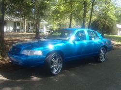 mrstuntastic24s 2000 Ford Crown Victoria