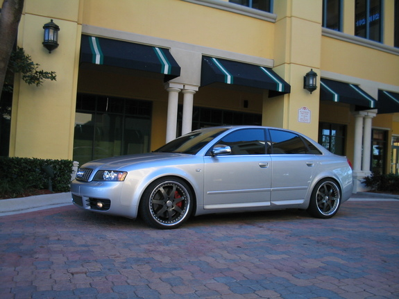 WheelExecutives 2005 Audi S4 10685352