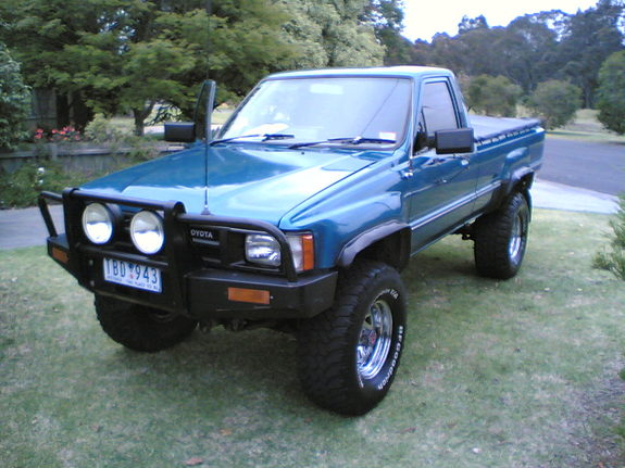 Manhyperss 1985 Toyota Hilux Specs Photos Modification