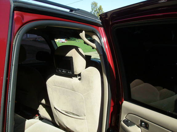 Another PlayaB52212 2004 Chevrolet Tahoe post... - 10702584