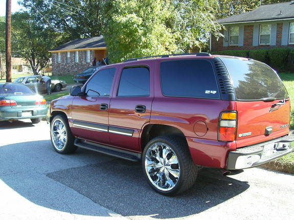 PlayaB52212 2004 Chevrolet Tahoe