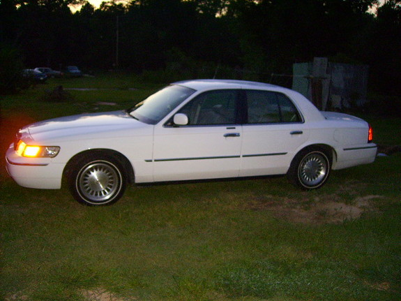 Another c504holla 1999 Mercury Grand Marquis post... - 11334730