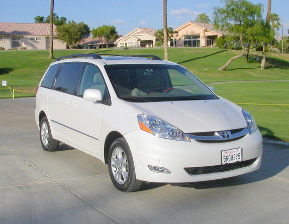 SmilingGuy 2006 Toyota Sienna Specs Photos Modification Info at