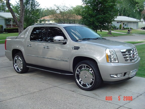 Large on 2007 Buick Lacrosse On 24s