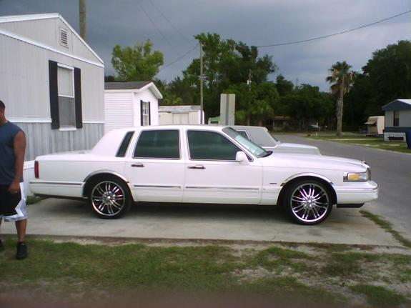 Tjlincoln95 1995 Lincoln Town Car Specs Photos Modification Info