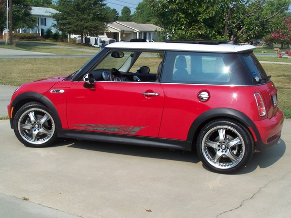 localdrummerweb 2005 mini cooper specs photos. Black Bedroom Furniture Sets. Home Design Ideas