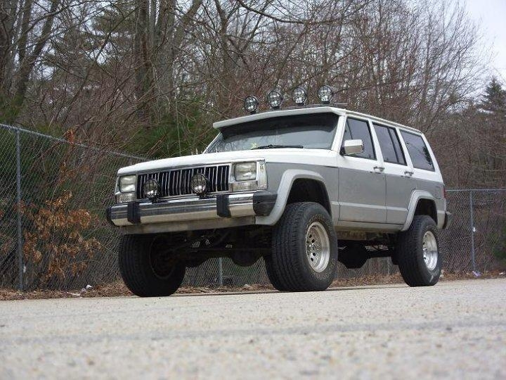 Another CaitlynAnnie666 1992 Jeep Cherokee post... - 10750655