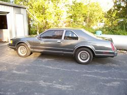 t-bird-mark788s 1988 Lincoln Mark VII